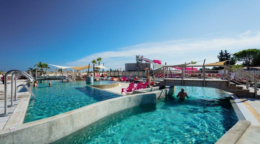Camping Le Mas Des Lavandes : espace aquatique