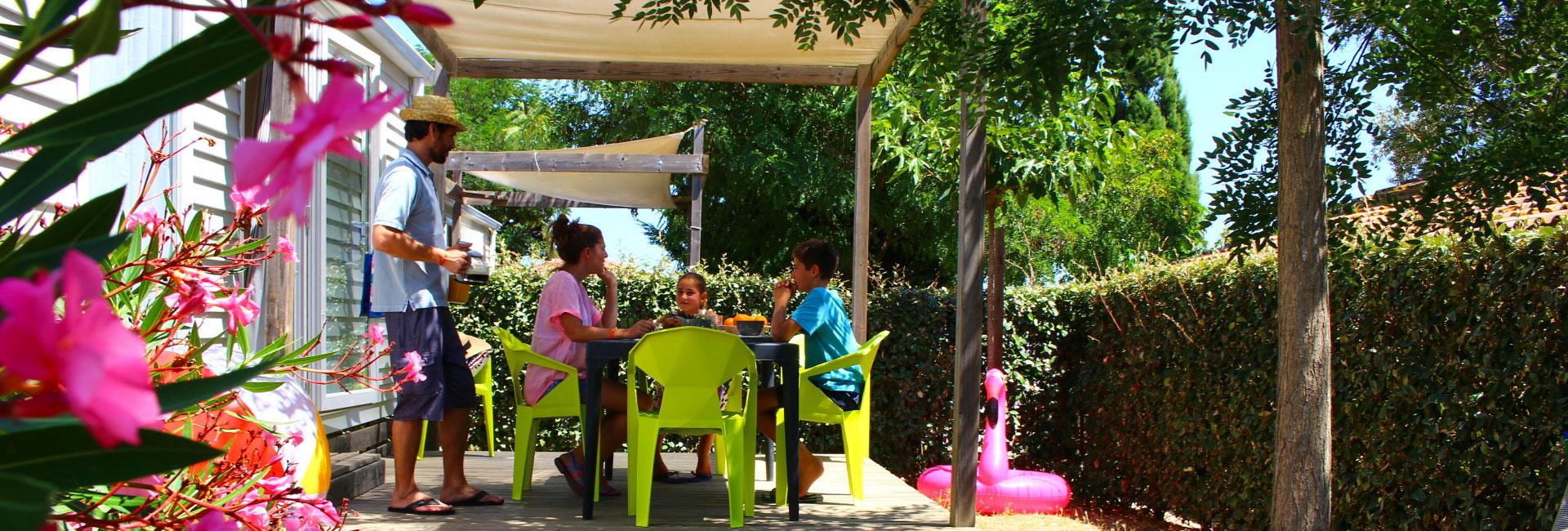 Camping Le Mas Des Lavandes : Acheter Mobil Home