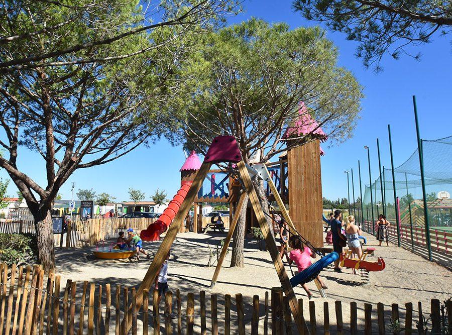 Camping Le Mas Des Lavandes: Activiteit Kind Speeltuin