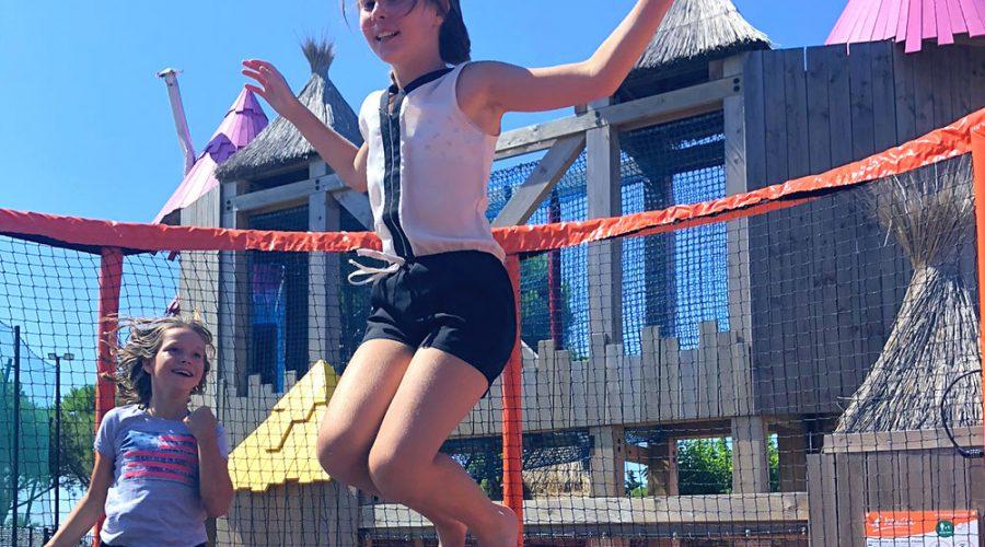 Camping Le Mas Des Lavandes : Activites Enfants Trampoline