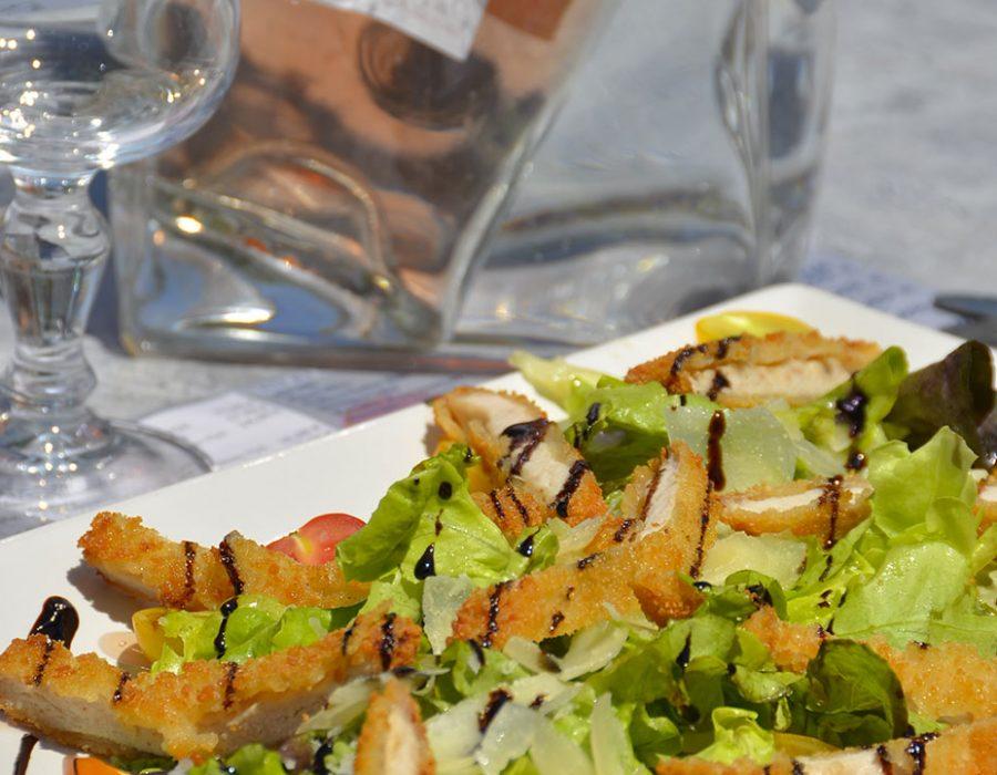 Camping Le Mas Des Lavandes : Salade Restaurant Camping
