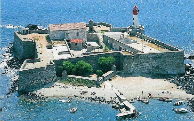 Camping Le Mas Des Lavandes: Agde Fort Brescou